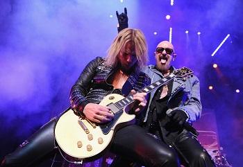 """Metalo grandai """"Judas Priest"""" siunčia žinutę Lietuvai ir atskleidžia, kas apšildys jų koncertą Vilniuje"""