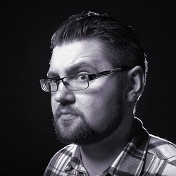 """Įvertinkite: reperis Mato Nesimato debiutuoja vienu metu išleisdamas net du solinius albumus – """"Deka logos"""" ir """"Pozi.req"""" (+ audio)"""
