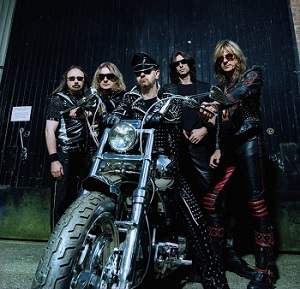 """Metalo dievai """"Judas Priest"""" į Vilnių atsiveš """"pragaro motociklą"""""""