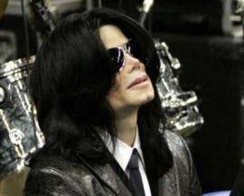 Atšauktas Michael'o Jackson'o daiktų išpardavimas