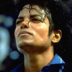 Michael'o Jackson'o palydėtuvėse - ir žvaigždžių, ir jo dukters ašaros (+ foto)
