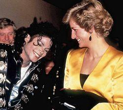 M. Jackson'o laidotuves stebėjo mažiau žmonių nei atsisveikinimą su princese Diana