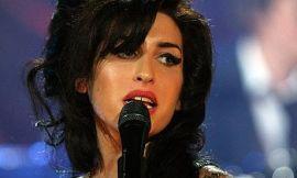 Naująjį studijinį albumą Amy Winehouse įrašinės su Mark'u Ronson'u