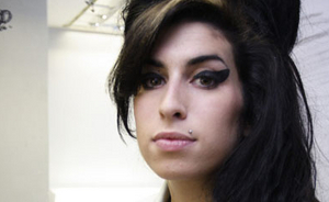 Amy Winehouse tėvas: