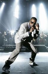 Naują singlą pristačiusiam Kanye West'ui siūloma Glastonbury festivalio scena