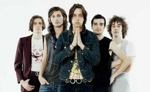 Niujorke ketvirtojo studijinio albumo darbus pradėjo grupė