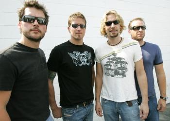 """""""Nickelback"""" paskelbė septintojo studijinio albumo """"Here And Now"""" detales"""