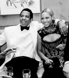 Jay Z ir Beyonce atskleidė pirmąsias savo dukters nuotraukas (+ foto)