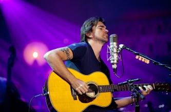 Lietuvoje koncertuosiantis Juanes savo gyvenimą atskleis video reportažuose (+ video)