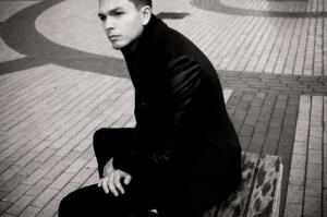 """Grupės """"Pikaso"""" narys D. Bastys tęsia solo karjerą ir pristato naują dainą"""