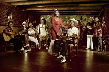 """Į Lietuvą atvykstančių """"Pasion de Buena Vista"""" pasirodymas parengtas pagal legendinį kubiečių filmą"""