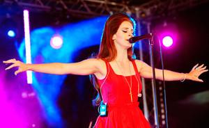 Lana Del Rey pradeda antrojo studijinio albumo įrašus