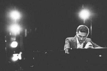 Kinijoje koncertavusį pianistą Jurgį Aleknavičių labiausiai nustebino vietinių požiūris į klasikinę muziką