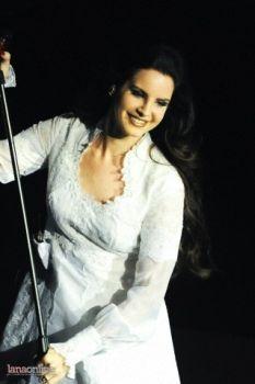 Lanos Del Rey koncerte Vilniuje ošė beveik 12 tūkst. gerbėjų minia