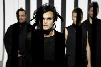 """""""The Rasmus"""" Karklėje nusiteikę  """"paošti"""" su vietiniais (+ interviu)"""