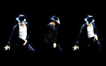 20 legendinių muzikos žvaigždžių judesių (+ gif paveiksliukai)