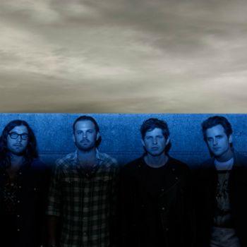 """""""Kings Of Leon"""" toliau džiugina gerbėjus - pasirodė jau antrasis būsimo albumo singlas """"Wait For Me"""""""