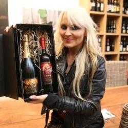Naujas vynas - dainininkės Doro Pesch vardu
