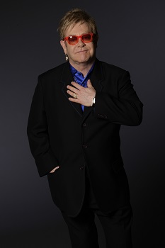 Rytoj į Kauną atvyksiantis Eltonas Johnas – apie šlovę, narkotikus ir talentų šou: 10 įdomių legendinio atlikėjo citatų
