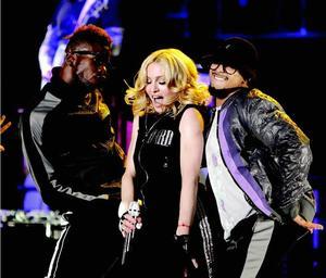 Popmuzikos karalienė Madonna koncertuos Taline