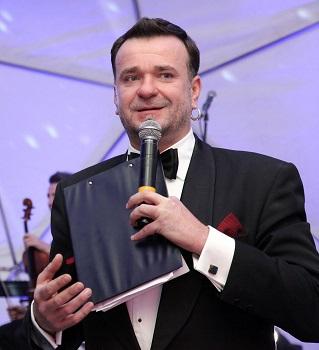 """Dainius Martinaitis: """"po šou """"Raudonkepuraitė Europvizijoje"""" visos moterys norės būti Raudonkepuraitėmis"""""""