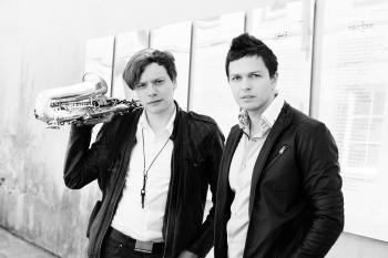 Buvę konkurentai Deividas Bastys ir Anatolijus Oleinik pristato bendrą dainą (+ audio)