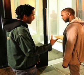 Kanye West sustojo gatvėje iki galo išklausyti pradedančio reperio (+ video)