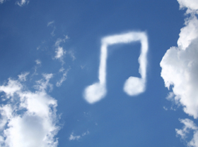 Reikšmingos permainos britų topuose: bus įskaičiuojamos ir muzikos klausymosi internetu platformų perklausos (+ video)