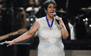 Legendinė Aretha Franklin įrašė Adele hito