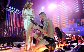 Kylie Minogue šou Kaune apšildys šokių muzikos žvaigždės iš Londono