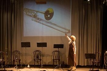 Keistuolių teatre - profesionalių muzikantų pamokos vaikams